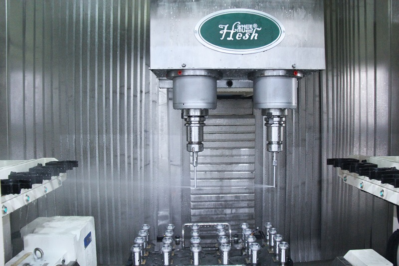 Water Jet Deburring and Cleaning Machine